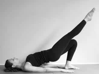 Técnicas de Pilates para mejorar la ciática  fbf362aff5cb