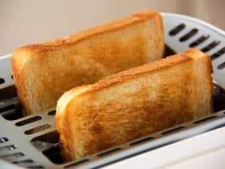 ¿Qué es la acrilamida y qué alimentos la contienen?