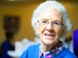 Guía para una nutrición saludable en personas mayores