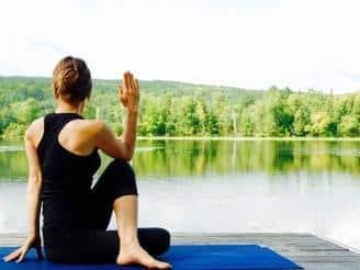 El sentido de asana y pranayama en el yoga