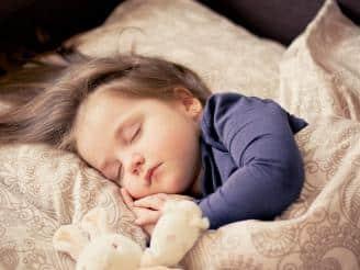 Consejos para seguir un buen patrón de sueño en niños
