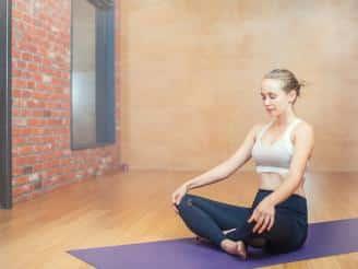 Ejercicios de respiración en Yoga