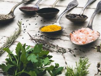 Como cuidar tu flora intestinal con Naturopatía