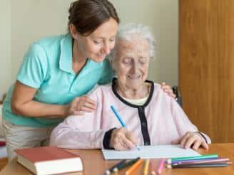 8 consejos para cuidadores domiciliarios en geriatría