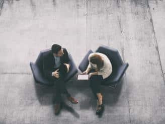 Optimizar la comunicación empresarial con PNL