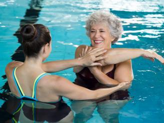 Ejercicios de rehabilitación en agua