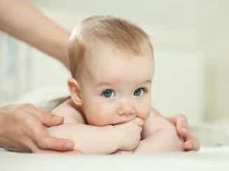 Técnicas de quiromasaje para niños
