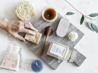 Conoce las propiedades de los aromas en cosmética natural