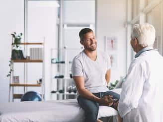 La importancia de un buen trato en los diferentes centros sanitarios de nuestra ciudad es tan importante como un buen diagnóstico. Veamos qué puntos se han de tener en cuenta para mejorar la atención de los pacientes.