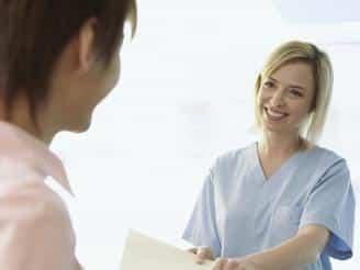 Claves para una buena relación con el paciente y sus familiares