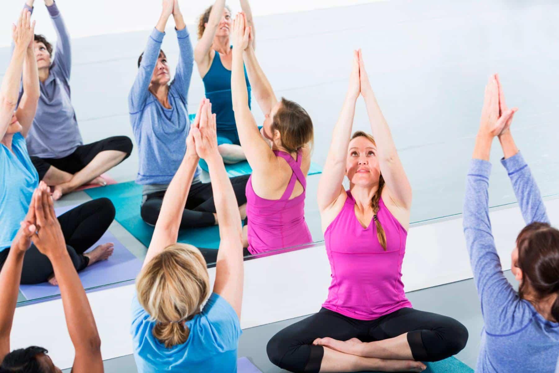 Curso Monitor de Yoga | Deusto Salud